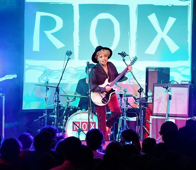 Avea Rox